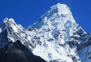 tips about trek in nepal best time popular trek fitness packing altitude sickness