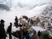 tourist exploring annapurna base camp trekking