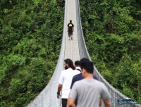 high bridge trekking photo