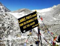 larkya la pass 5106 m of manaslu trekking