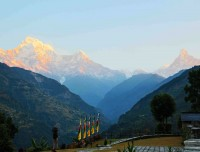 annapurna south, himchuli and fishtail from trekking trail