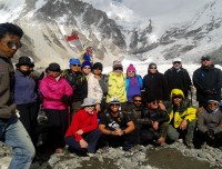 Trekking Trail Nepal Group at Everest Base Camp 5364 m