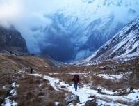 annapurna base camp trekking trail