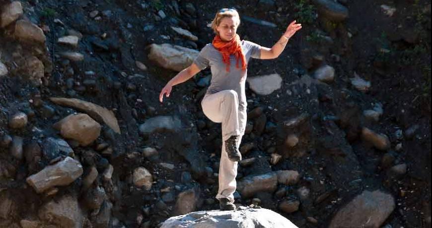 benifits of yoga trekking adventure